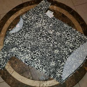 Lularoe S 8-10 Irma shirt NWTBlack & Cream
